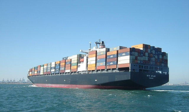Import / export by sea
